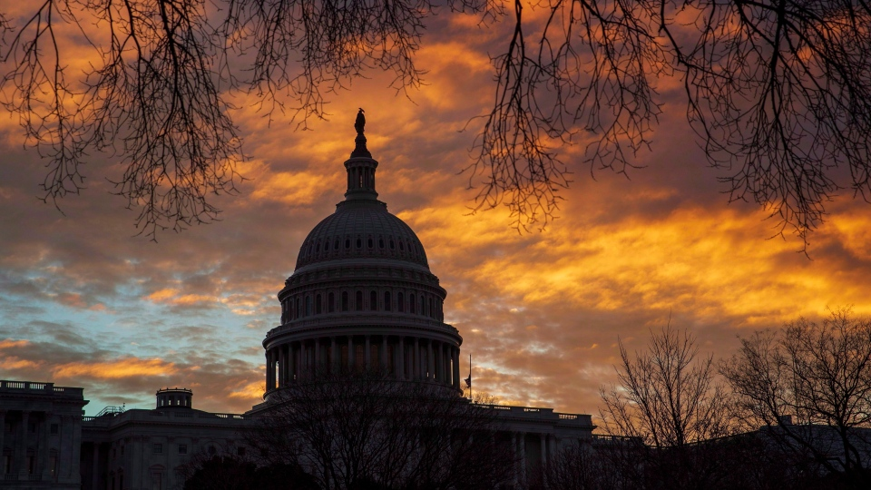 The U.S. Capitol is seen on the first morning of a partial government shutdown on Saturday, Dec. 22, 2018. (THE CANADIAN PRESS/AP/J. Scott Applewhite)