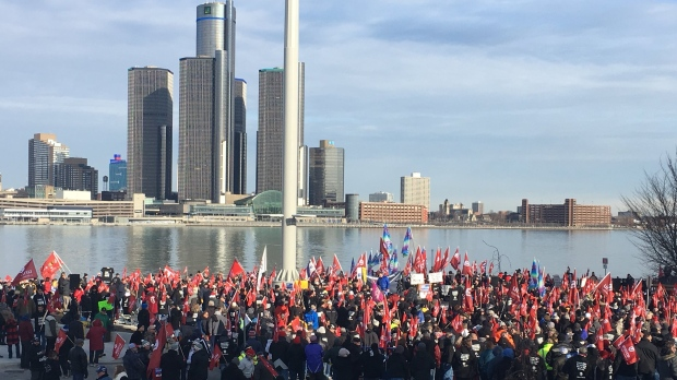 GM workers and Unifor members protest the Oshawa plant closure at a rally in Windsor, Ont., on Friday, Jan. 11, 2019. (CTV Windsor)