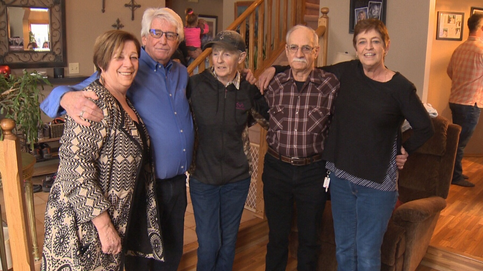 Bob Elfstedt meets his sisters, Shirley, Sheri, Sheila and brother Eugene for the first time.