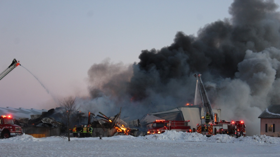 Smoke billows from a barn fire in Woodham, Ont. on Sunday, Jan. 20, 2019. (Source: Judy Stuckless)