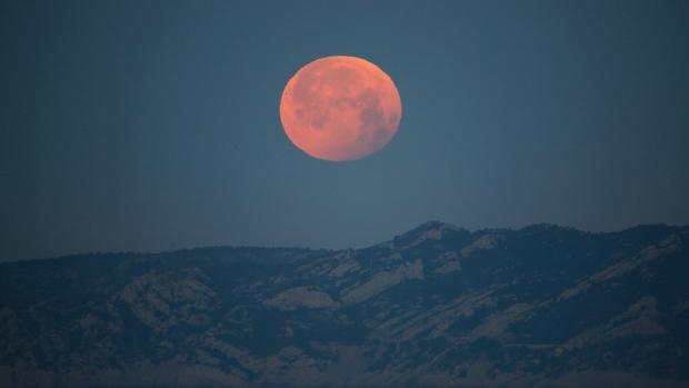 red moon 2019 winnipeg - photo #38