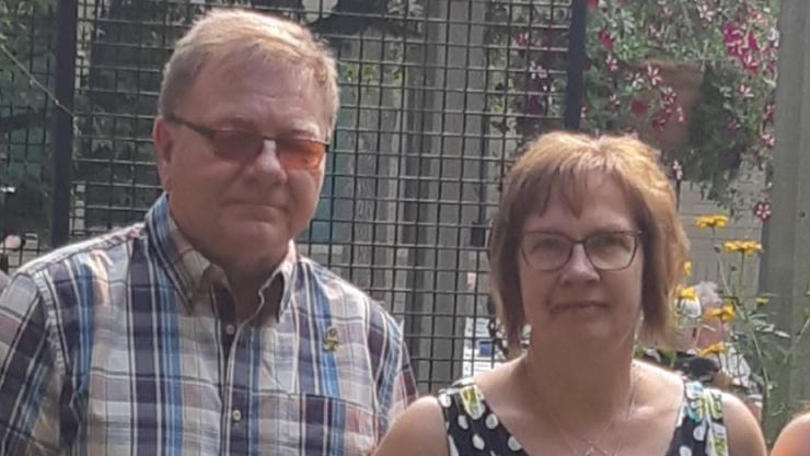 Carol and Lyle Brons