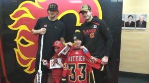 Jack Irving with Mike Smith and David Rittich