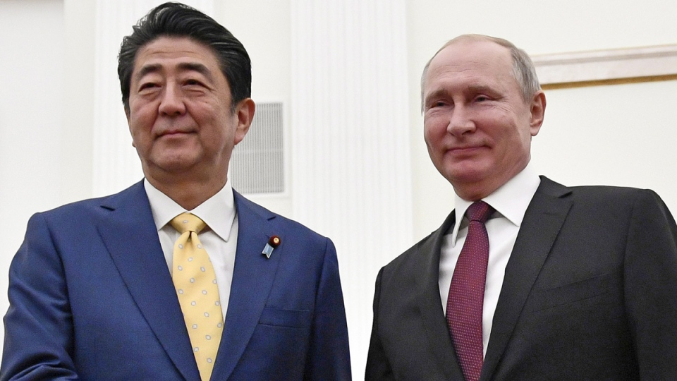 Russian President Vladimir Putin, right, and Japanese Prime Minister Shinzo Abe in Moscow, Russia, on Jan. 22, 2019. (Alexander Nemenov / Pool Photo via AP)