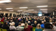 Hundreds fight for Kanata Golf course