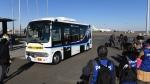 A driverless bus at Tokyo's Haneda International Airport. (TOSHIFUMI KITAMURA / AFP)