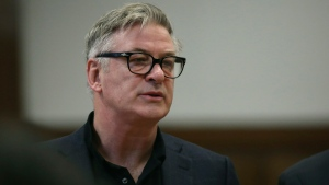Actor Alec Baldwin stands in a New York City court, Wednesday, Jan. 23, 2019. (Alec Tabac/The Daily News via AP, Pool)