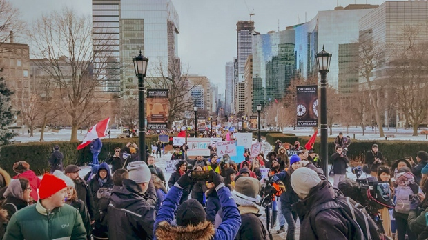 Hundreds of demonstrators marched to Queen's Park Friday demanding a reversal of Doug Ford's cuts to student assistance. (CFS Ontario/Twitter)