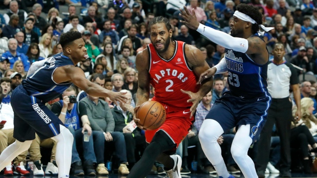 a37e9891f Leonard scores 33 as Raptors beat Doncic