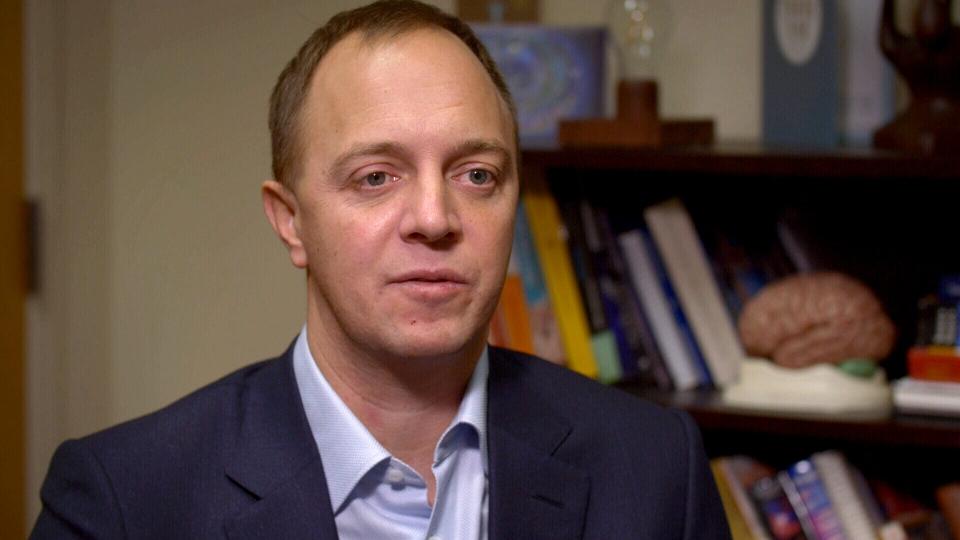 Dr Jonathan Downar