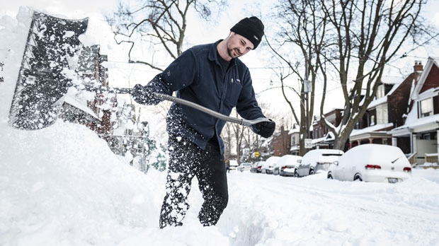 Snow, extreme cold in Toronto for Family Day