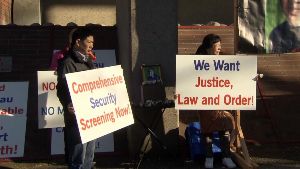 Demonstrators turn Shen killing political