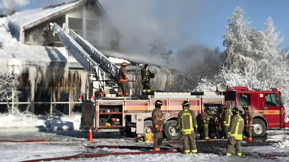 Crews battle a fire and freezing conditions at a Scarborough recreation centre on February 1, 2019. (Tracy Tong/CTV News Toronto)