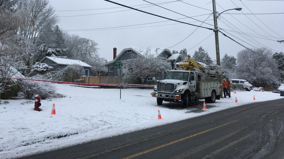 A car striking a power pole at the corner of Lodge and Savannah knocked out power to thousands of BC Hydro customers Friday, Feb. 8, 2019. (CTV Vancouver Island)