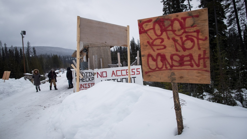 A checkpoint is seen at a bridge leading to the Unist'ot'en camp on a remote logging road near Houston, B.C., on Thursday January 17, 2019. THE CANADIAN PRESS/Darryl Dyck
