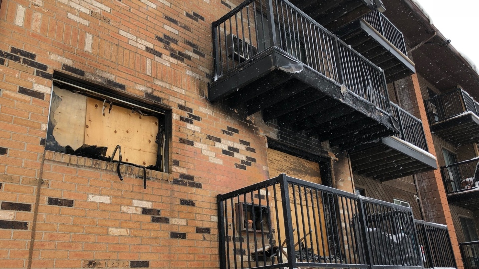 The corner unit of 115 Avenue O South, where a fire started Sunday that forced a building evacuation. (Francois Biber/CTV Saskatoon)