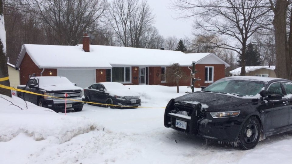Police tape and cruisers barracade a home on Don Street in Penetanguishene, Ont. on Tues. Feb. 12, 2019 (CTV News/Beatrice Vaisman)