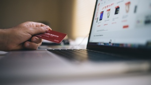 If you believe you have been the victim of an online romance scam, the RCMP and Canadian Anti-Fraud Centre are urging you to contact them immediately. (Negative Space/Pexels)