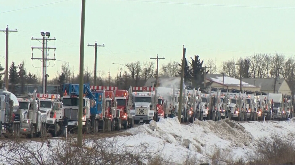 Truck convoy heads to Ottawa to protest lack of pipeline progress