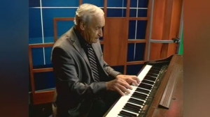 Maurice Drouin performs in this file footage. The well-known pianist has died at the age of 82.