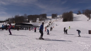 Thousands of people hit the slopes on Mon., Feb. 18, 2019 at Mount St. Louis Moonstone. (CTV News/Roger Klein)