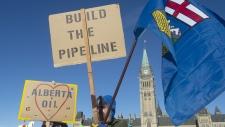 Pro-pipeline protesters