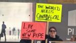 Pro-pipeline rally Calgary