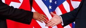 Trump, Kim Jong un, shaking hands