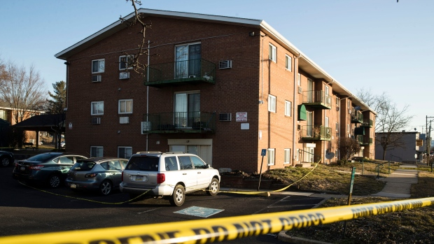 Mom, daughters among 5 relatives killed in apartment, cops say