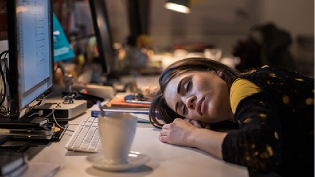 Long hours linked to depression in women but not men, study suggests