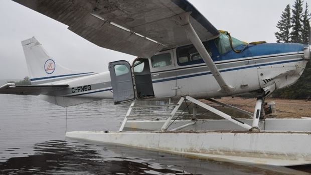 Passengers Drowned After Door Design Impeded Exit In Fatal Nwt Plane