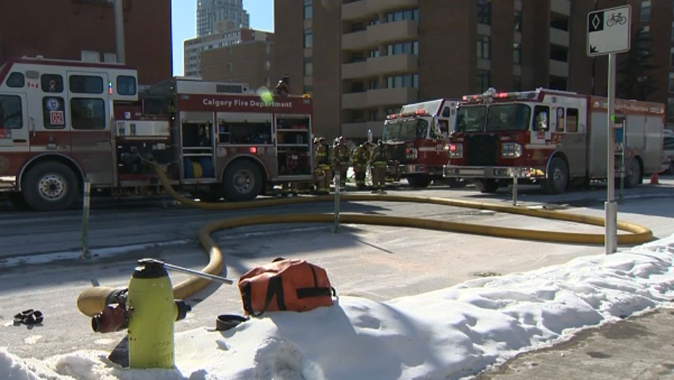 Fire crews quickly knocked down a fire in the basement of a downtown building on Sunday afternoon. No one was injured.