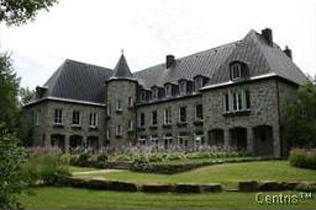 Pauline Marois' Ile Bizard home, in a photo taken from mls.ca