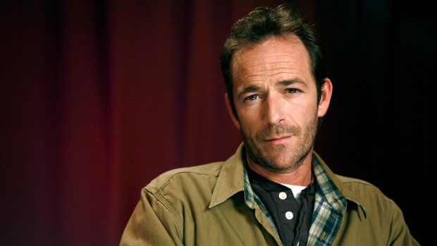 14c6c5531 In this Jan. 26, 2011 file photo, actor Luke Perry poses for a portrait in  New York. Perry, who gained instant heartthrob status as wealthy rebel  Dylan ...
