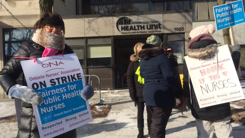 80 public health nurses are on strike and picketing out front of the Windsor Essex County Health Unit on March 8, 2019. (Michelle Malucke / CTV Windsor)