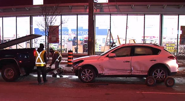 Lawrence, Avenue, crash