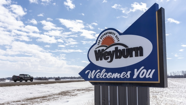 Weyburn sign winter