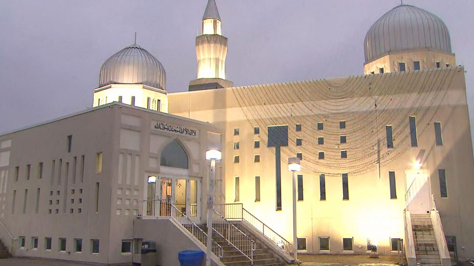 The Bait Ul Islam Mosque in Vaughan, Ont., early Friday morning. (CP24)