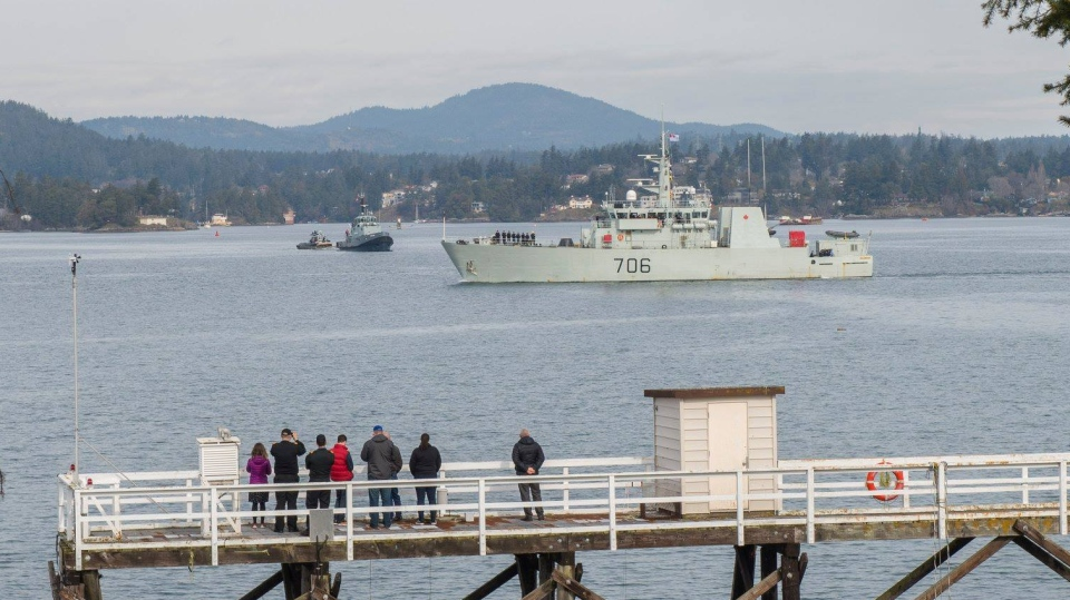 HMCS Yellowknife leaves Esquimalt Harbour on Friday, March 15, 2019. (Maritime Forces Pacific)