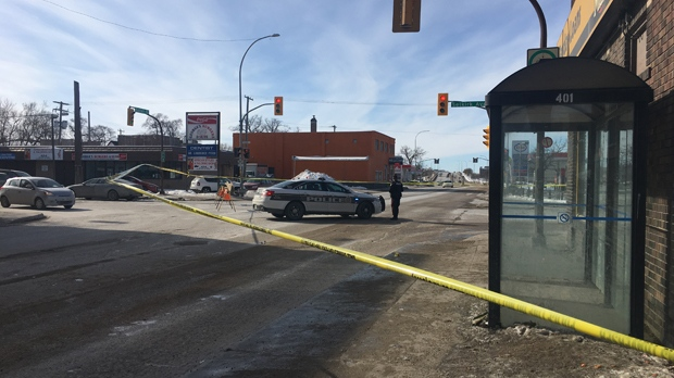 Winnipeg police are investigating a homicide near the corner of Selkirk Ave. and Salter St. (Source: Beth Macdonell/CTV Winnipeg)