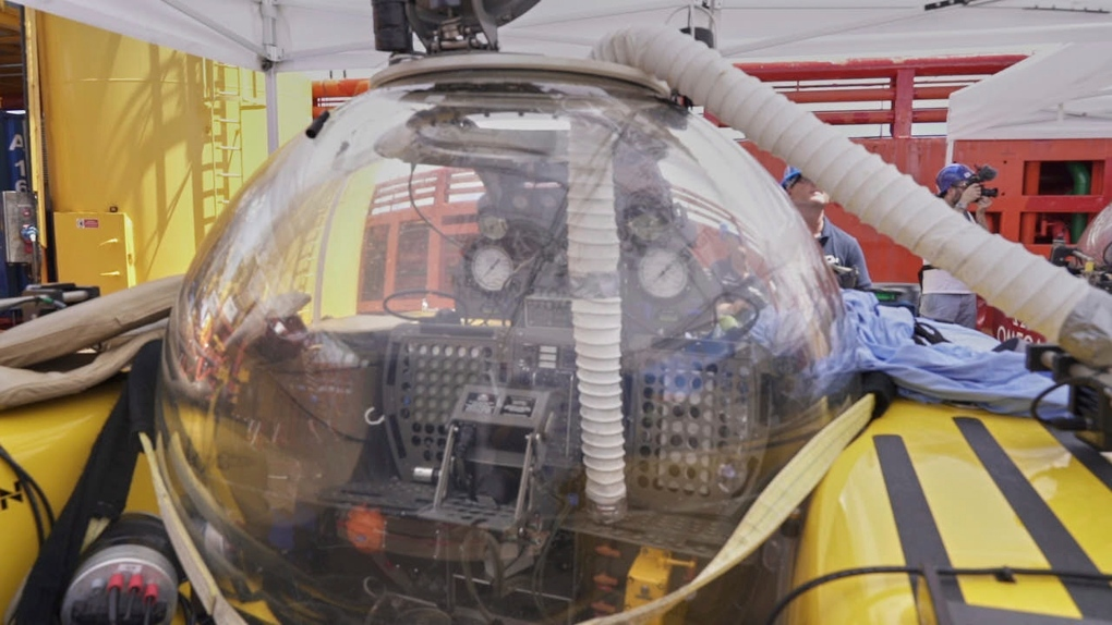 Emergency ascent in Indian Ocean as sub fills with smoke