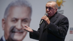 Turkey's President Recep Tayyip Erdogan at a rally in Istanbul, on March 19, 2019. (Emrah Gurel / AP)