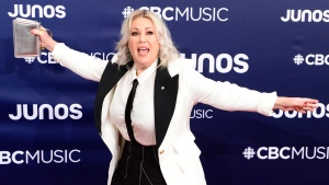 Jann Arden arrives on the red carpet at the Juno Awards in London, Ont., Sunday, March 17, 2019. THE CANADIAN PRESS/Frank Gunn