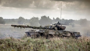 In this Sept. 17, 2017 photo provided by the Polish Armed Forces General Command a tank takes part in the Dragon 17 exercise in Drawsko Pomorskie, Poland. Hundreds of U.S. soldiers have begun arriving in Germany in the first test of a new rapid deployment strategy meant to bolster NATO's presence in Eastern Europe at short notice. (Polish Armed Forces General Command/ via AP)