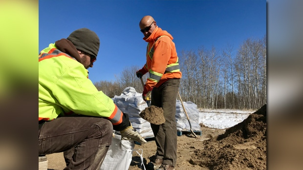 Municipalities gearing up for flood fight