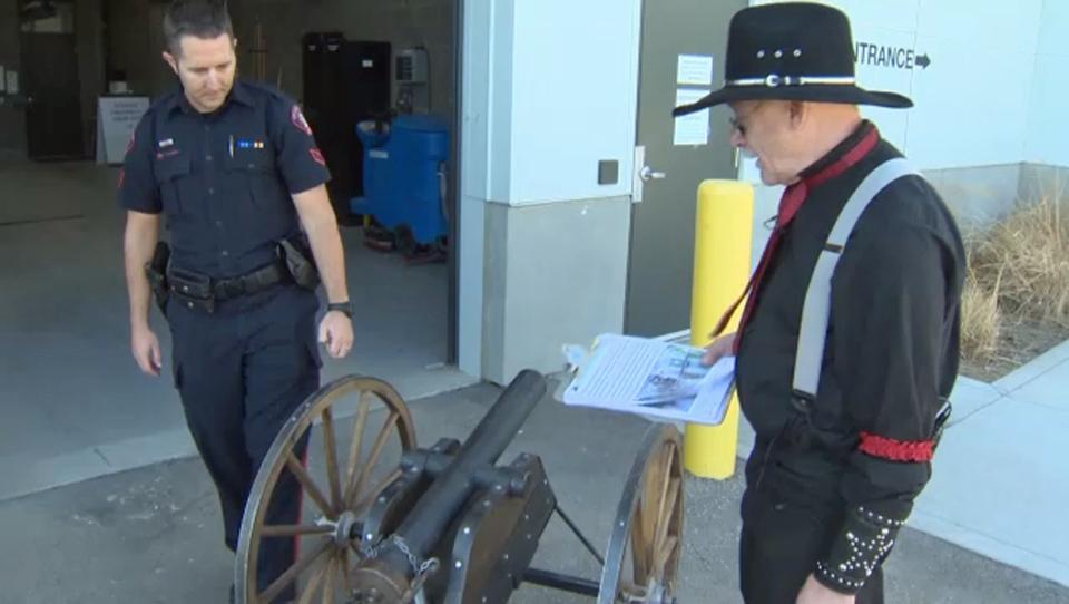 Stolen cannon returned to re-enactors