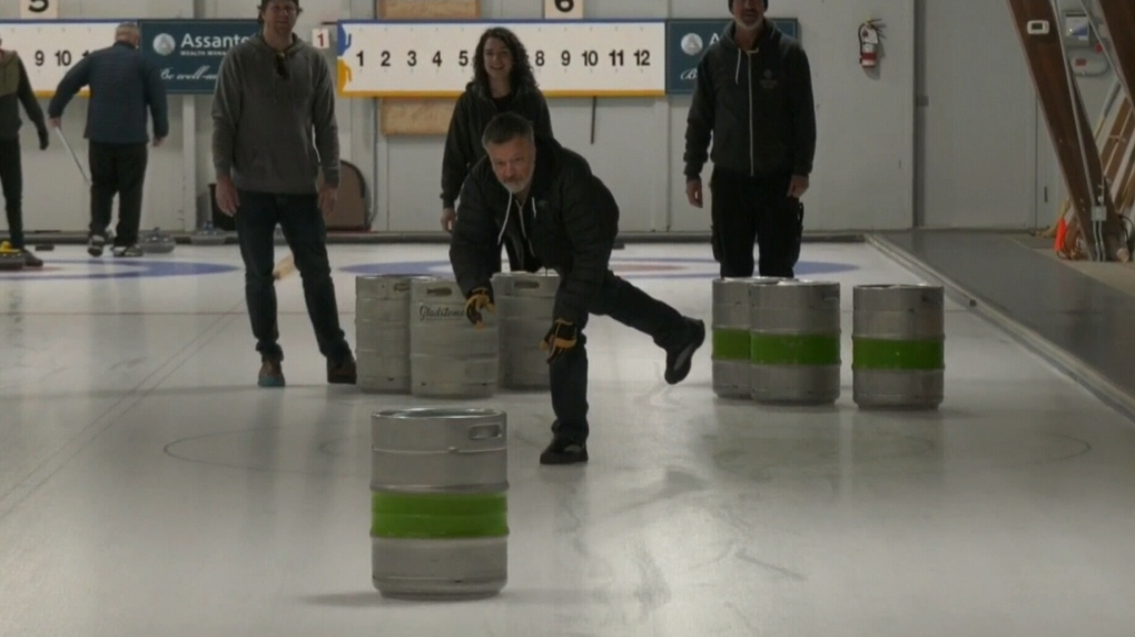 Comox Valley curlers throw beer kegs for a cause