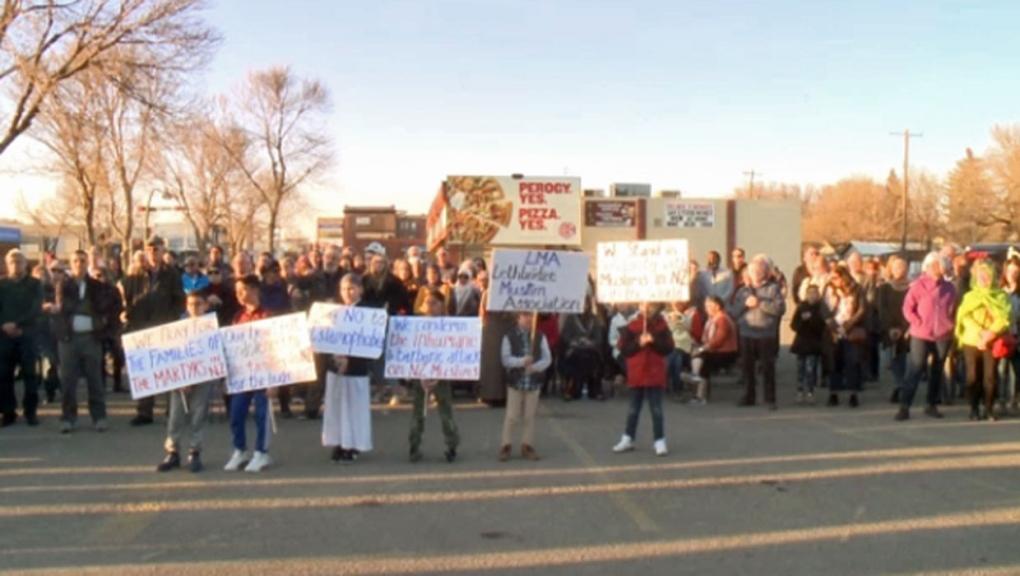 Hundreds attend vigil in Lethbridge