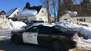 Police presence on Algonquin Ave in Kirkland Lake (Lydia Chubak/CTV Northern Ontario)