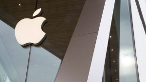 The Apple logo is displayed at the Apple store in the Brooklyn borough of New York, Thursday, Jan. 3, 2019. (THE CANADIAN PRESS/AP, Mary Altaffer)